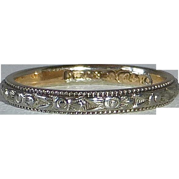 14k Art Deco Embossed Band Ring