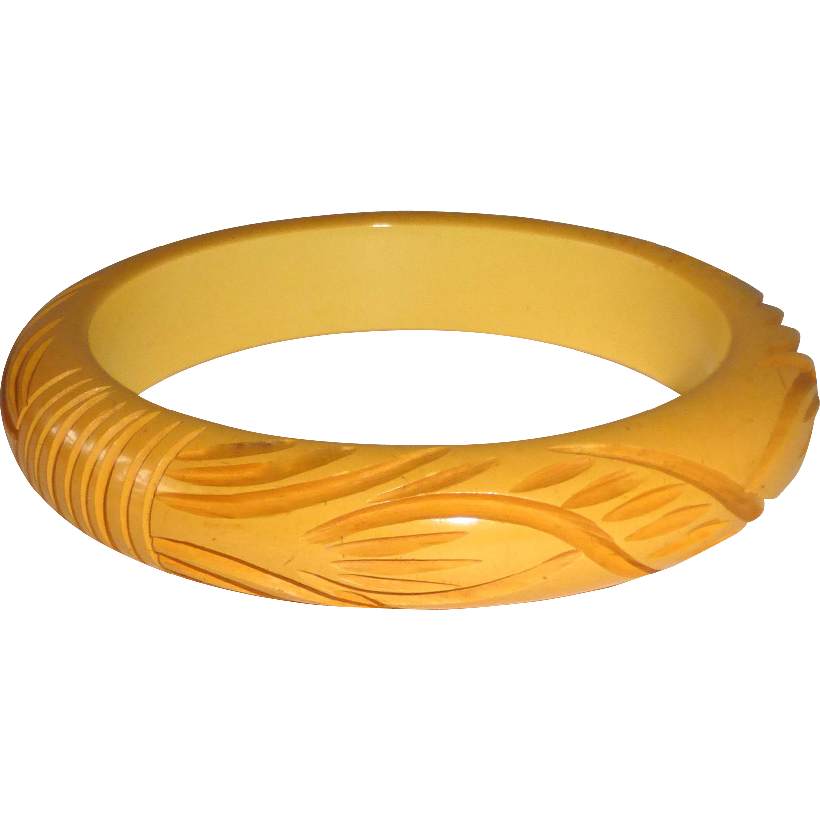 Art Deco Carved Butterscotch Bakelite Bangle Bracelet