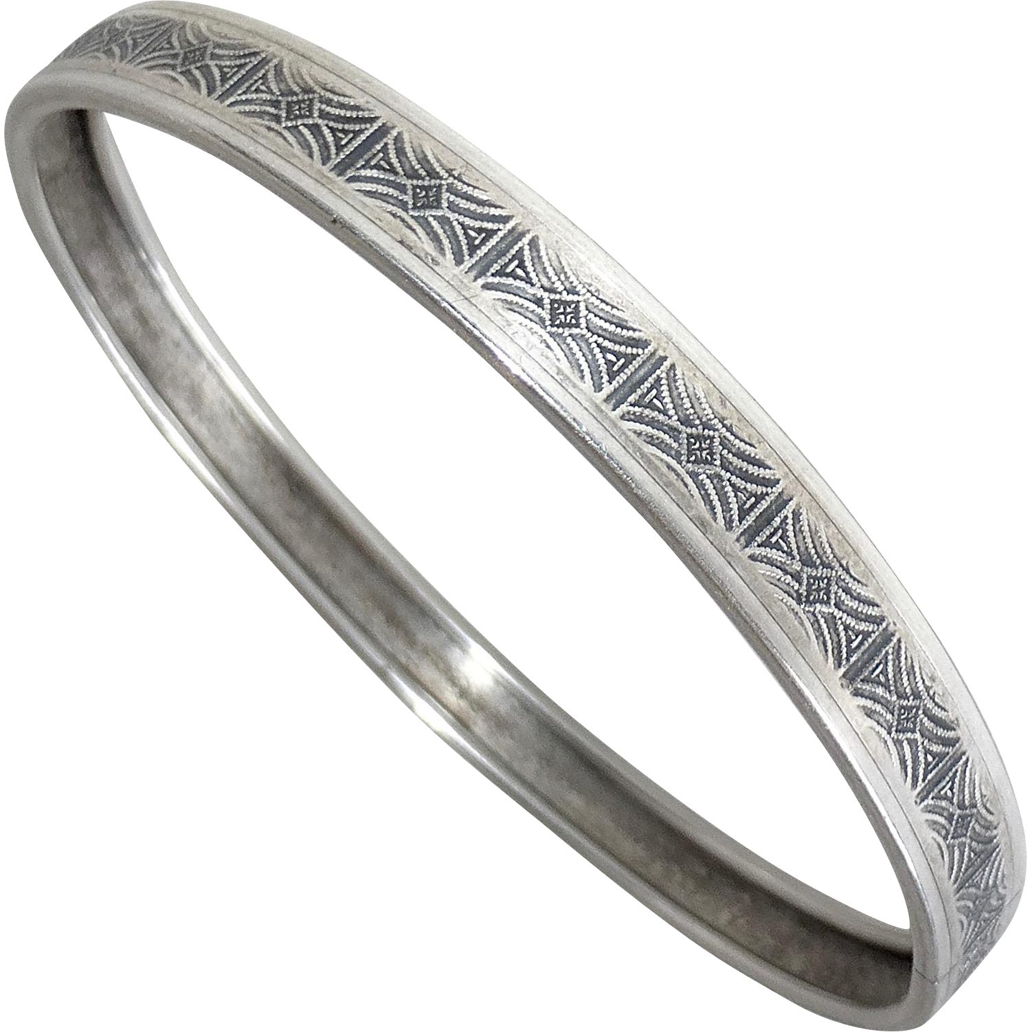Beau Sterling Geometric Patterned Bangle Bracelet