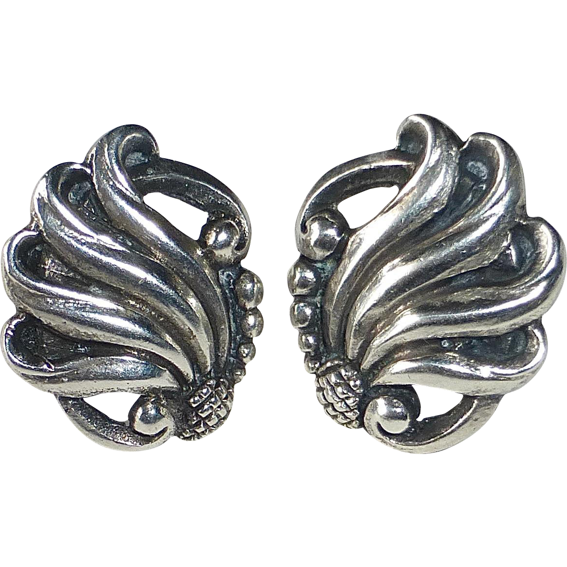 Viking Craft Mid Century Sterling Silver Floral Earrings
