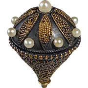 Antique Hatpin 10-12k Etruscan Style Gold Top w Nine Pearls