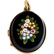 14k Rare Victorian Floral Design Mosaic Locket