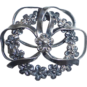 Victorian Sterling Dimensional Bow Pin w Flowers