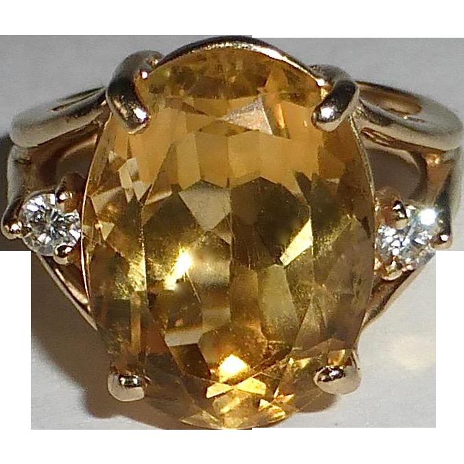 14k Large Citrine Dinner Ring w Diamond Accents