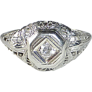 18k Art Deco Lacy Filigree Diamond Ring