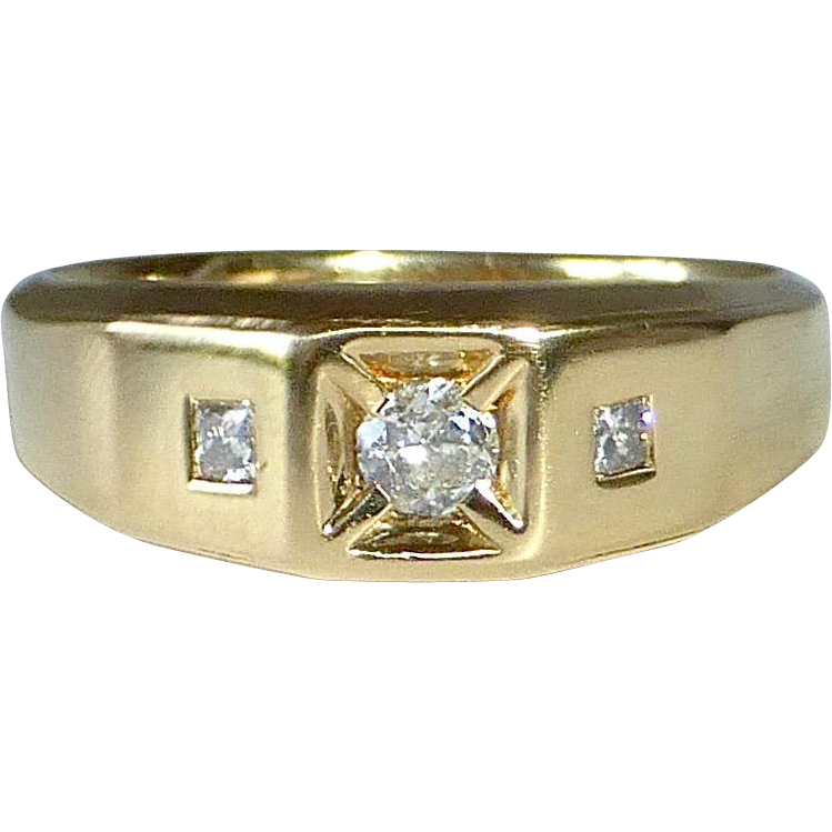 18k Yellow Gold Mens Ring 3 Inset Diamonds