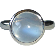 18k Blue Light Moonstone Ring