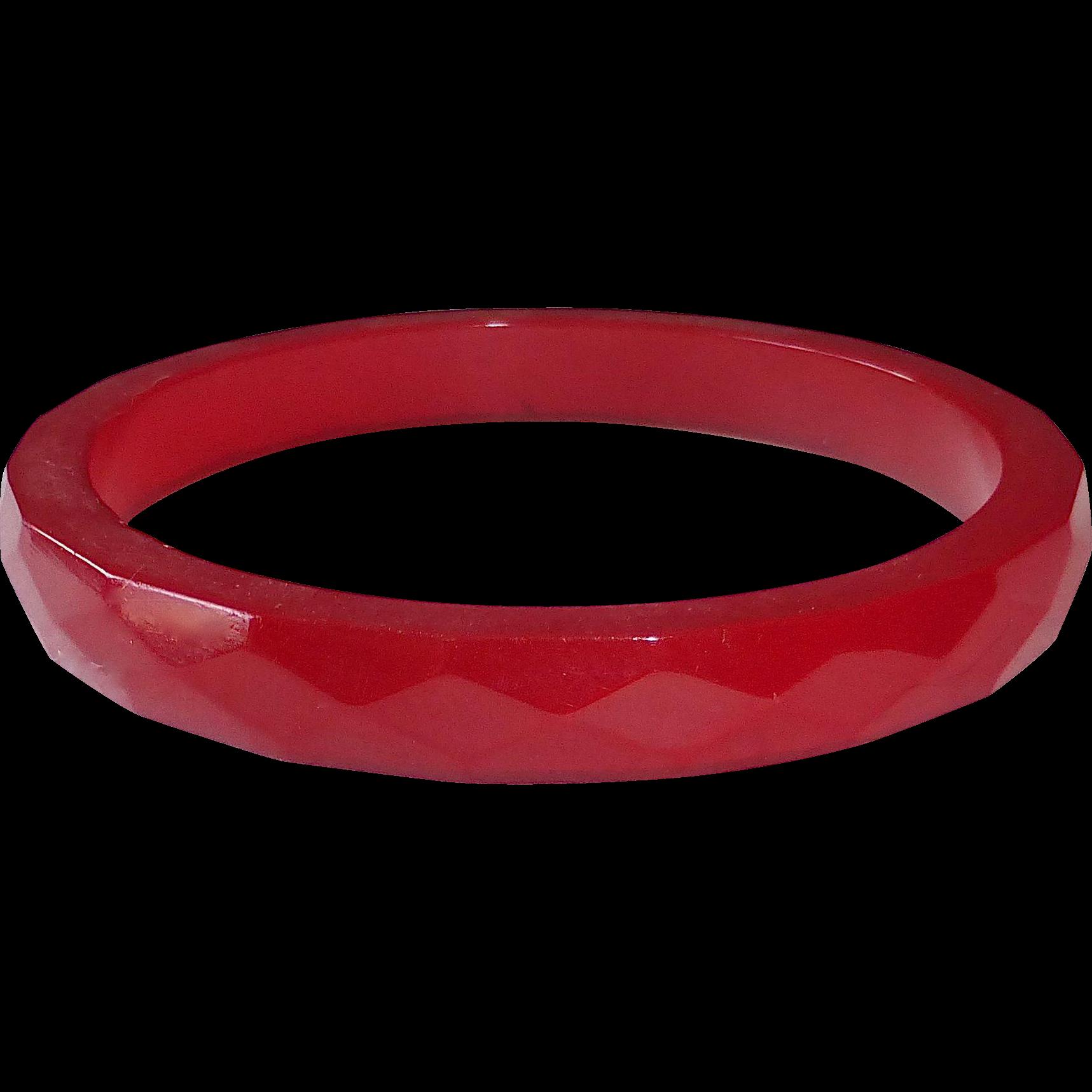 Bakelite Faceted Cherry Red Bangle Bracelet