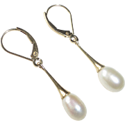 14k Gold Drop Leverback Earrings w Fresh Water Pearls