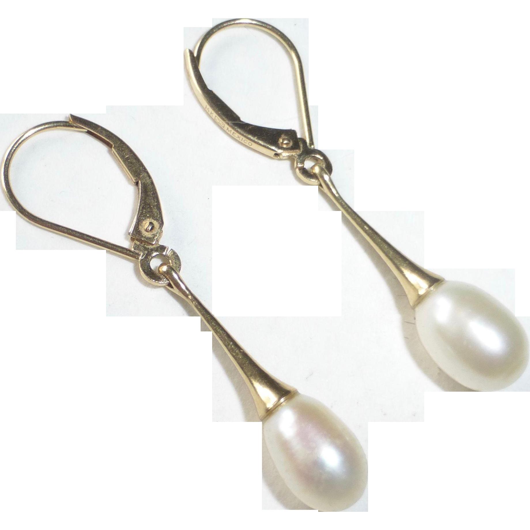 14k Gold Drop Leverback Earrings w Fresh Water Pearls