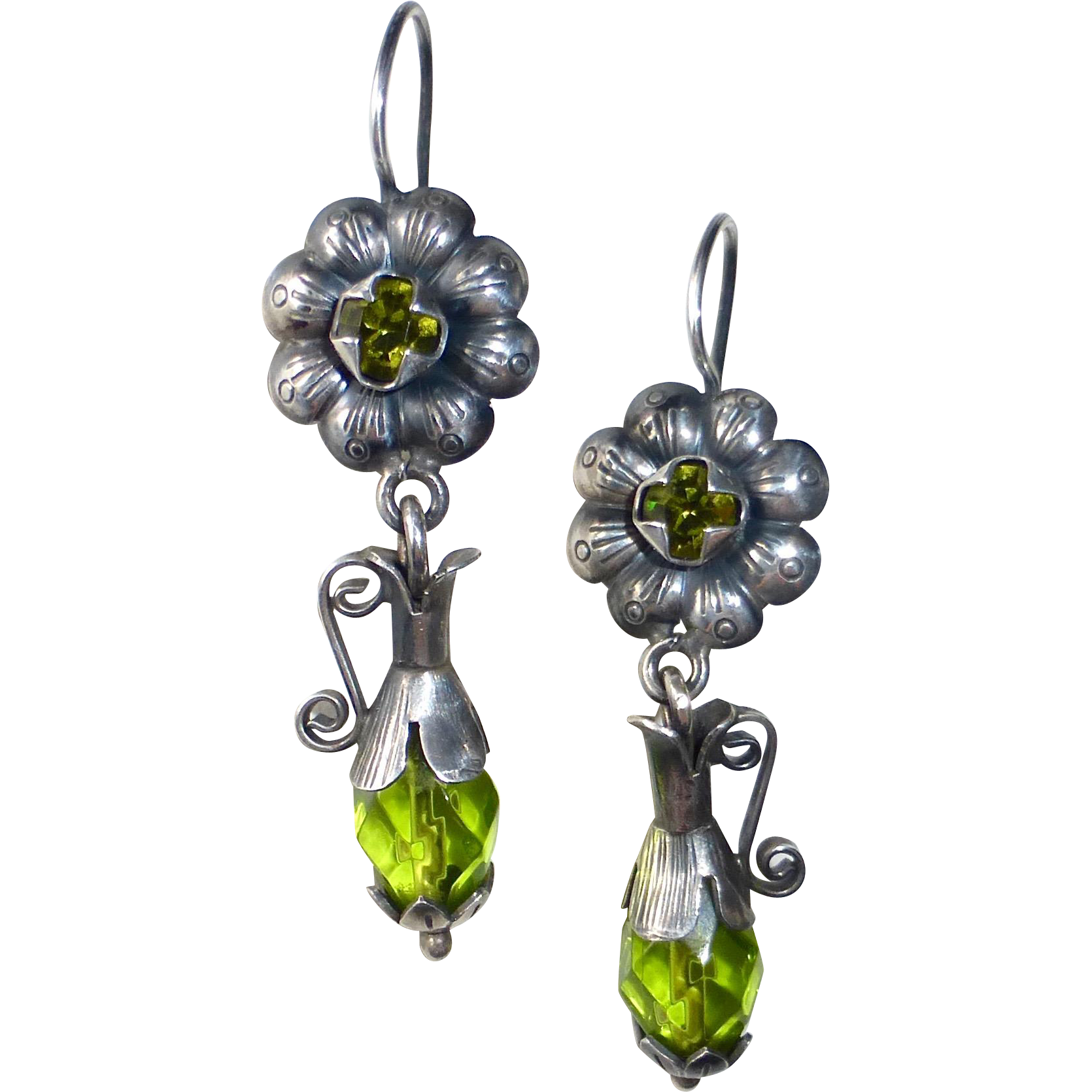Mexican Sterling Earrings Repousse Flower & Pitcher w Peridot Glass