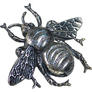 800 SIlver Detailed Bee Pin