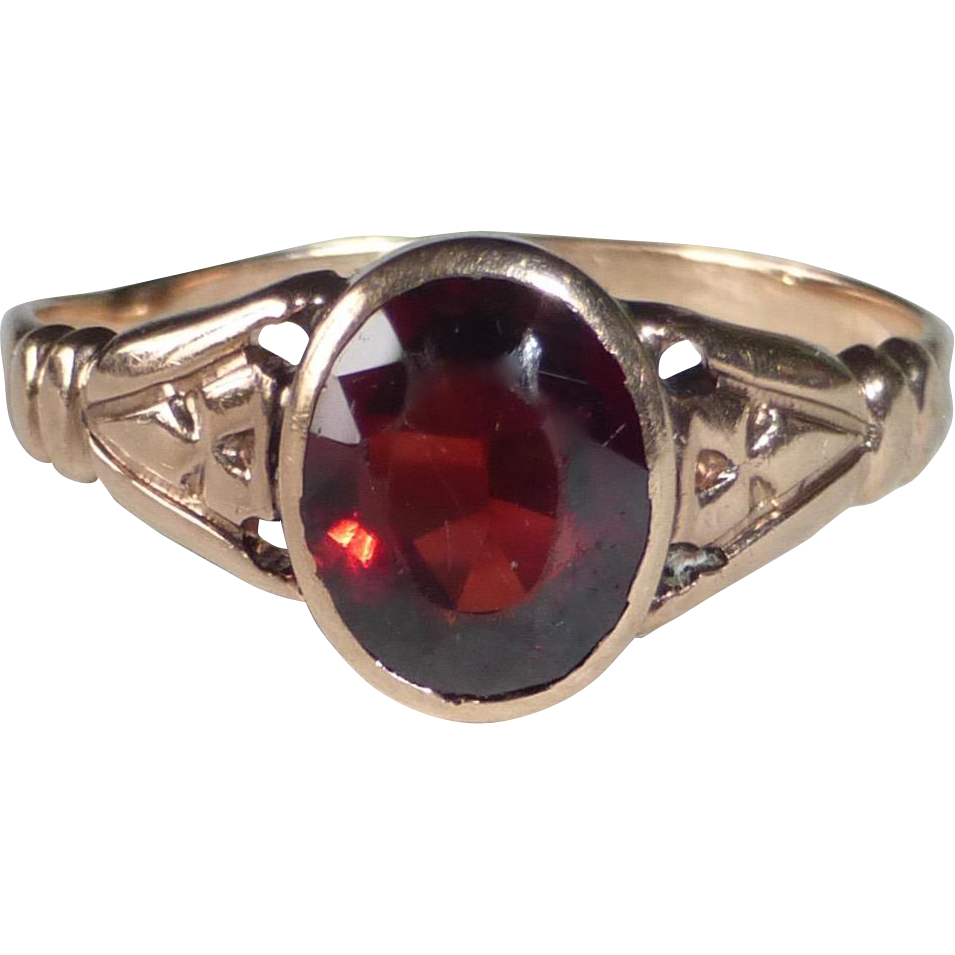 10k Rose Gold & Garnet Victorian Ring