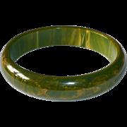 End of the Day Bakelite Bangle Bracelet Green & Yellow Swirl