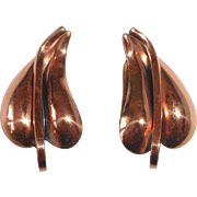 Renoir Sculptural Copper Heart Leaf Clip Earrings