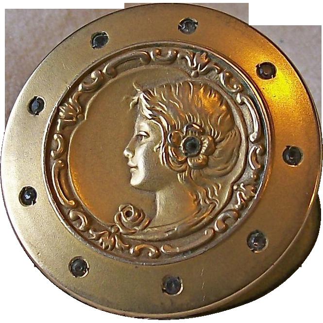 Gorgeous Woman Victorian Art Nouveau Gold Filled Locket