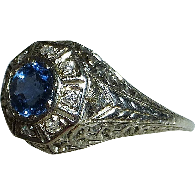 Art Deco 18k White Gold Sapphire & Diamond Ring