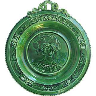 1888 Wedgwood Majolica Charger Green Glaze Portrait Platter signed by Lord Wedgwood in 1981