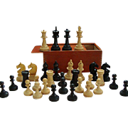 Classic French Wooden Hand Turned Chess Set - Lardy Staunton Chess Pieces - Boxed