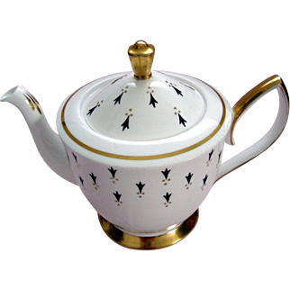 "Vintage Royal Albert ""Ermine"" Tea Pot - c1950"