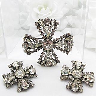 Early WEISS ~ Gunmetal ~ Maltese Cross set ~ brooch and earrings