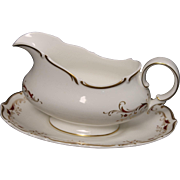 Royal Doulton Bone China Gravy Boat with Underplate in the Strasbourg Pattern.