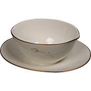 Noritake ''Nora'' Gravy Boat with Attached Underplate - White with Gold Rose and Trim.