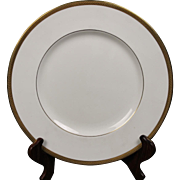 Wedgwood ''Senator'' Dinner Plate with a beautiful gold encrusted laurel band.  10-3/4''