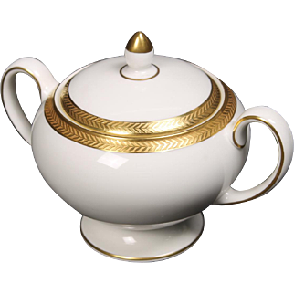 Wedgwood ''Senator'' Leigh shaped Lidded Sugar with a beautiful gold encrusted laurel band.  3-1/4''