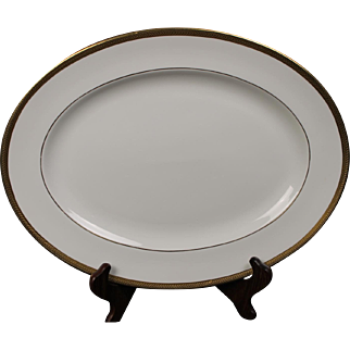 Wedgwood ''Senator'' Oval Serving Platter with a beautiful gold encrusted laurel band.  15-3/8''