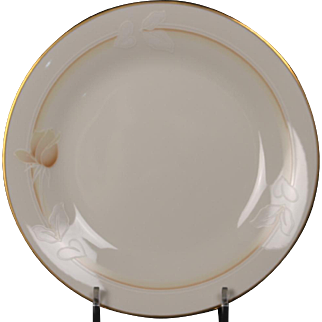 Noritake ''Devotion'' Ivory China Bread Plate.