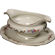 Royal Bayreuth ''Juwel'' Gravy Boat with Attached Underplate.  8-3/8''.  Circa 1945.