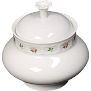 Beautiful Greman Franconia ''Pirouette'' Lidded Sugar Bowl by Krautheim & Adelberg.