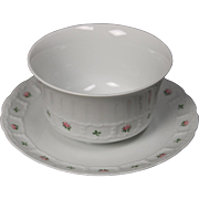 Beautiful Greman Franconia ''Pirouette'' Round Gravy Boat with Attached Underplateby Krautheim & Adelberg.