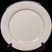 Beautiful Noritake Dinner Plate in the ''Sorrento'' Pattern.