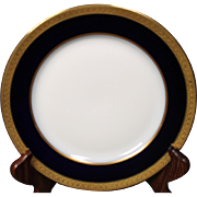 Beautiful French Limoges Tresseman & Vogt Luncheon Plate circa 1905-1907.  8-3/4''