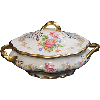 Beautiful Porcelain Small Lidded Serving Bowl with Floral Motif and Heavy Gold Trim.  Marked Fine Concorde China