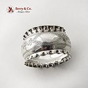 English Engraved Napkin Ring Pie Crust Rims Sterling Silver 1902 Birmingham