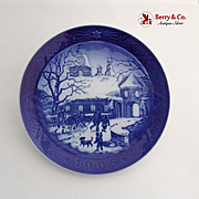 Royal Copenhagen Christmas At The Manor House Plate 1995 Porcelain