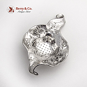 Repousse Floral Daisy Tea Strainer International Silver Co Sterling Silver 1900