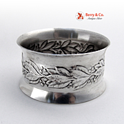 Laurel Leaves Berries Napkin Ring Wallace 1950 Sterling Silver