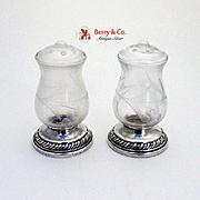 Salt and Pepper Shakers Glass Sterling Silver Quaker 1940