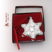 Christmas Ornament Old Master Snowflake Sterling Silver Towle 1992