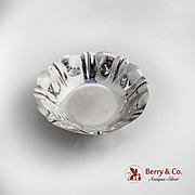 Round Pinched Bowl Sterling Silver Gorham 1940