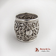 Indian Raj Repousse Foliate Scroll Napkin Ring 900 Silver 1900
