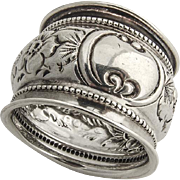 Repousse Floral Napkin Ring Beaded Rim Sterling Silver Birmingham 1898