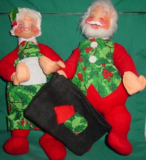 Vintage Annalee Mobilitee Christmas Santa and Mrs. Claus Dolls ...