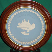 Vintage Wedgwood Jasperware Christmas Plate 1973 Tower of London with Frame