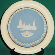 Vintage Wedgwood Jasperware Christmas Plate 1974 Houses of Parliament with Wood Frame