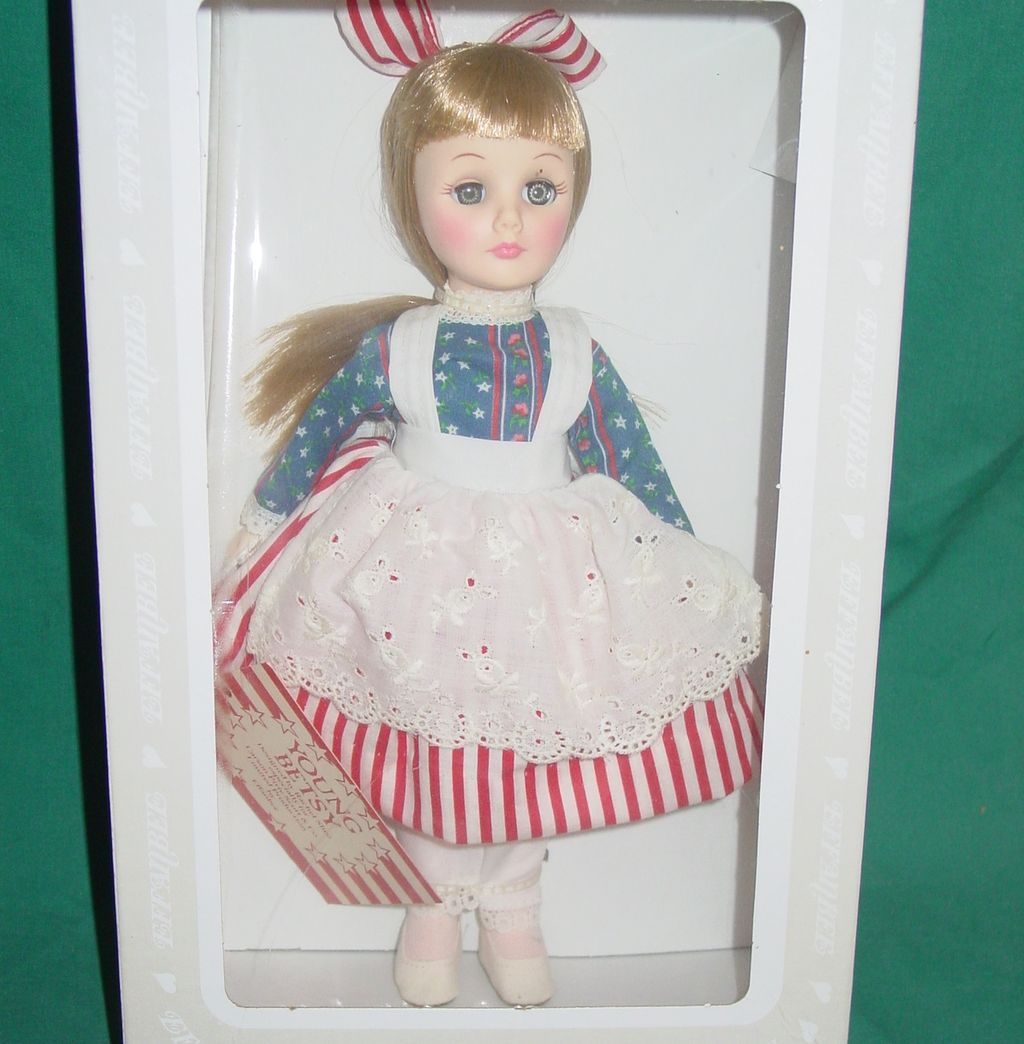 Vintage Effanbee Doll Young Betsy New in Box w Tags Carson Pirie Scott Store